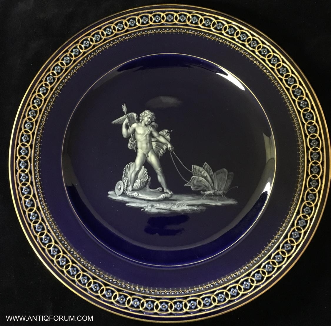Antique Meissen Cabinet Plates Find out your item\u0027s current market value! Sell it! All for FREE! Please CONTACT US for a FREE no-obligation online appraisal & Meissen Plates - Free Online Appraisals - Antique Meissen Plates