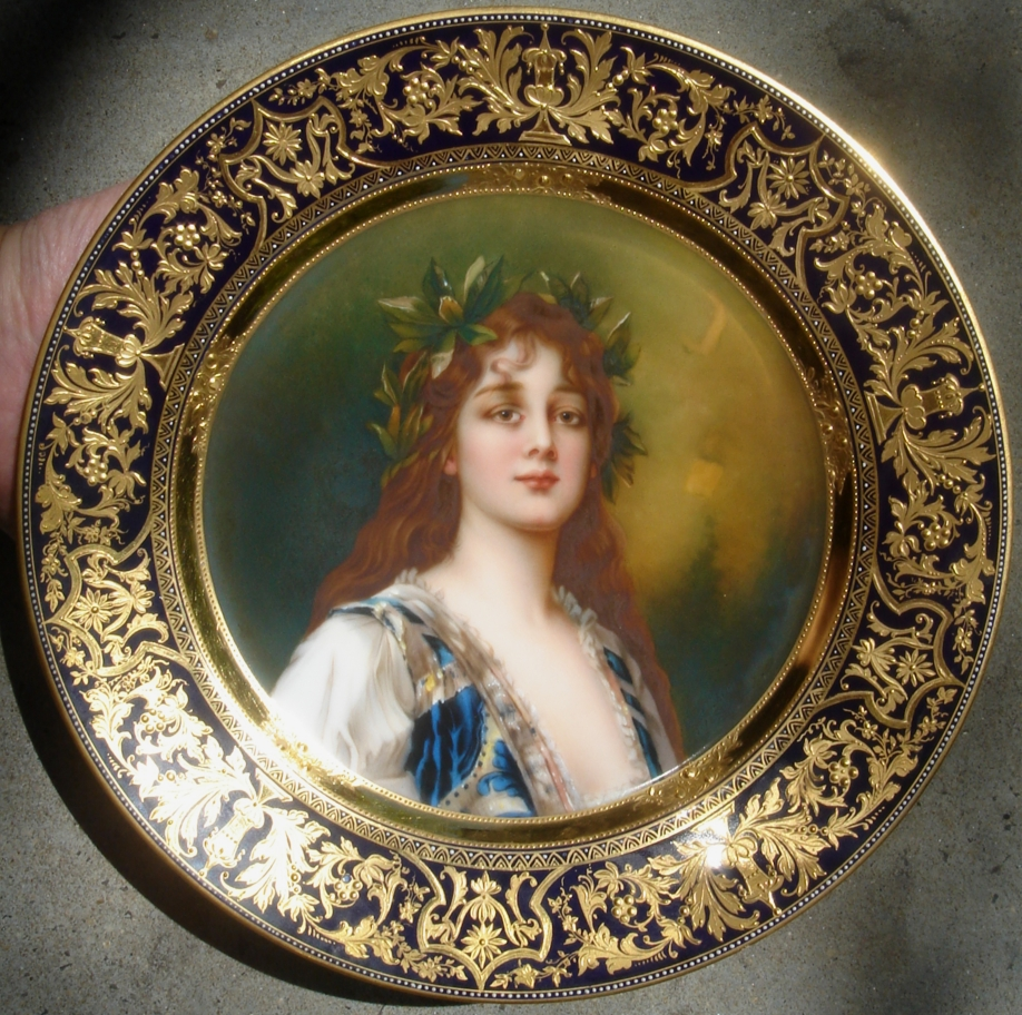 royal vienna portrait plates by wagner free online appraisal. Black Bedroom Furniture Sets. Home Design Ideas